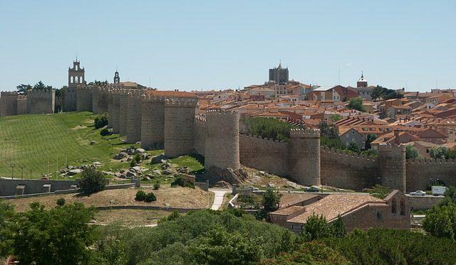 Cinta muraria di Avila, Spagna