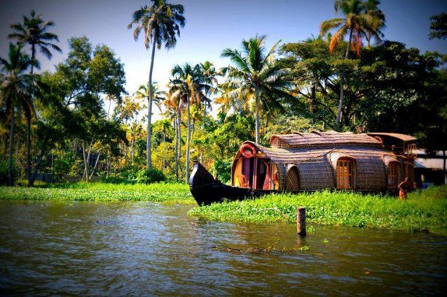 Houseboat nelle lagune del Kerala