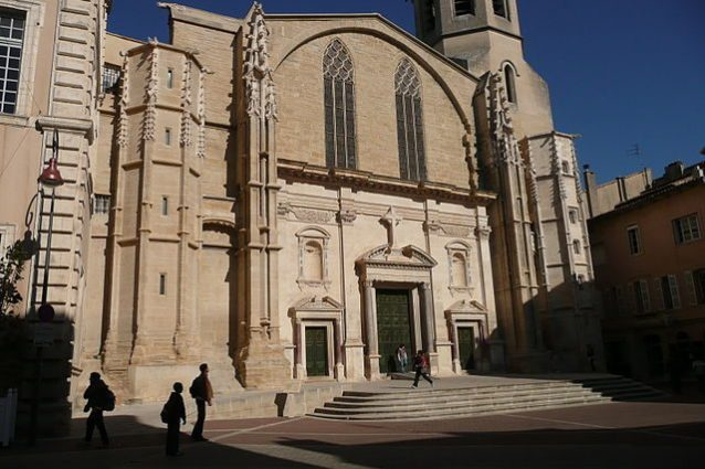 Cattedrale di Carpentras – Foto Wikipedia
