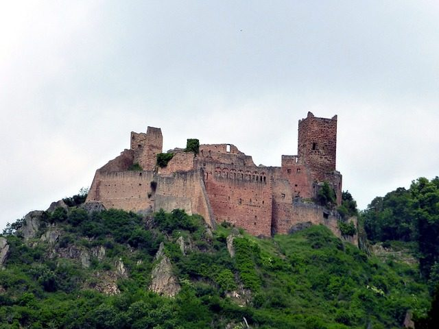 La suggestione dei castelli di Ribeauvillé – Foto Pixabay