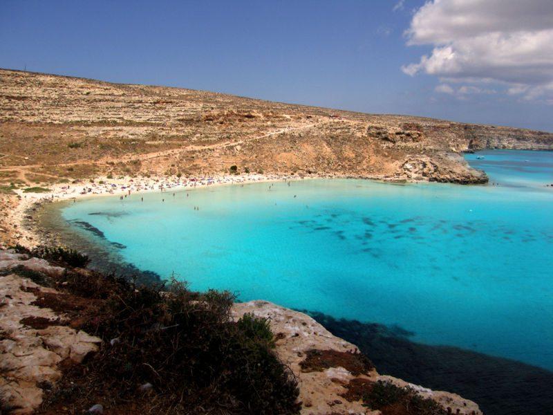 Matrimonio In Spiaggia Lampedusa : Foto per innamorarsi dalla spiaggia dei conigli lampedusa