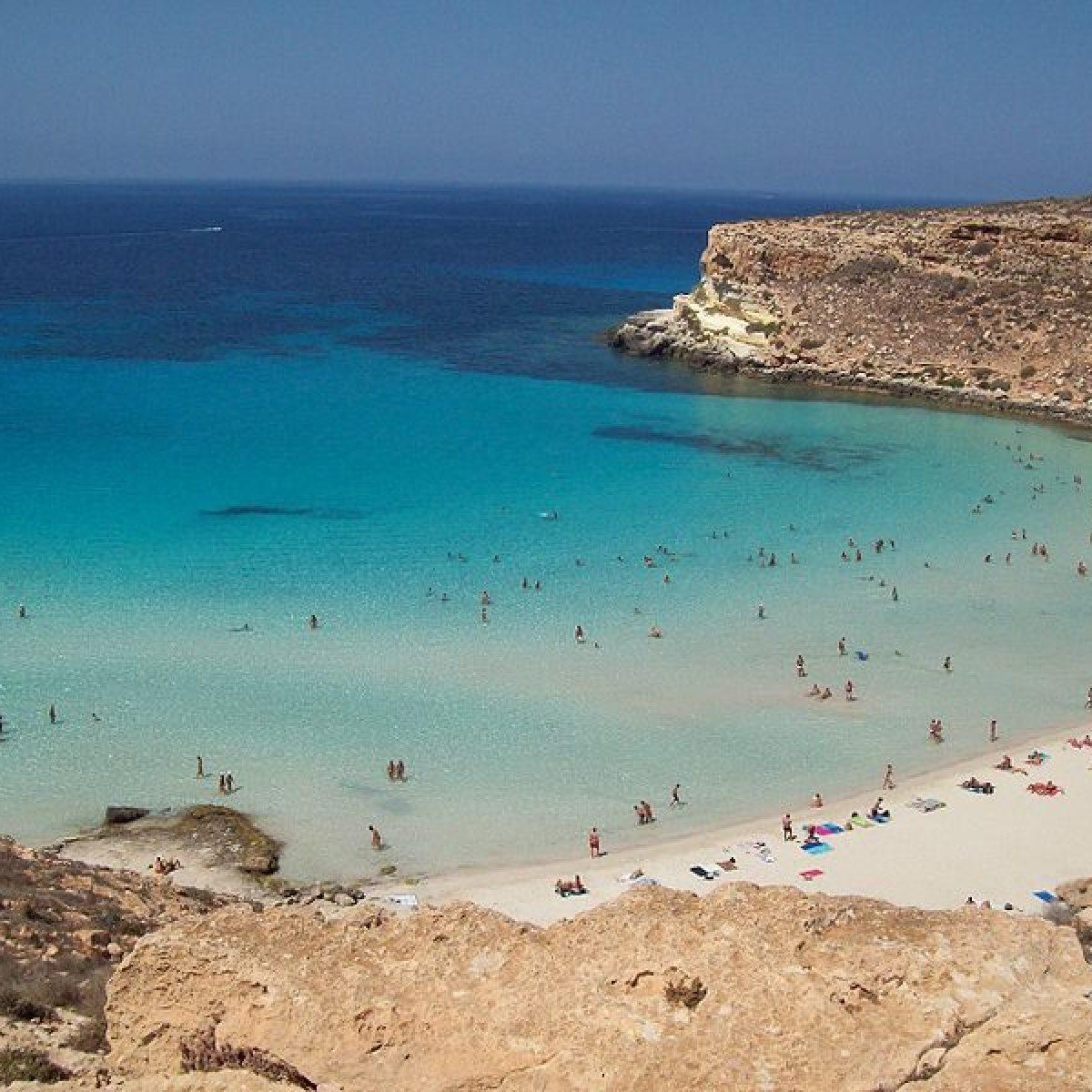 Matrimonio In Spiaggia Lampedusa : La spiaggia più bella d italia si trova in sicilia lo dice