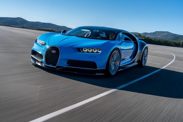 Da 0 a 400km/h e poi ancora 0, la Bugatti Chiron stabilisce il nuovo record mondiale