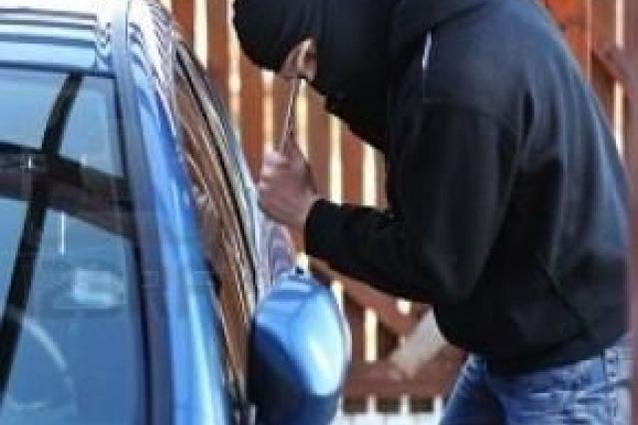 Furti auto, ecco i metodi più efficaci per difendersi dai ladri