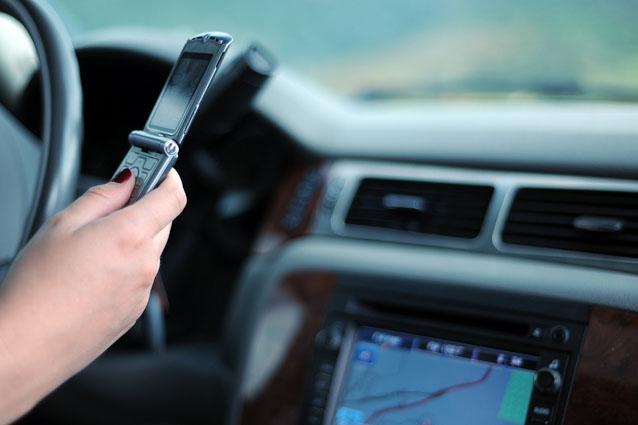 3 incidenti su 4 sono causati dall'uso dello smartphone