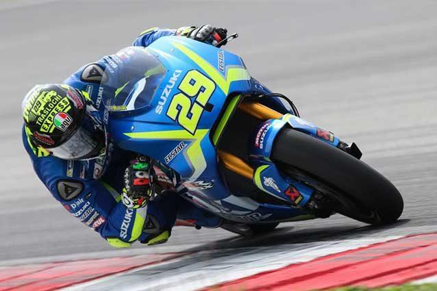 MotoGp, test Sepang day 2: Iannone con la Suzuki al top davanti a Vinales, 4° Rossi
