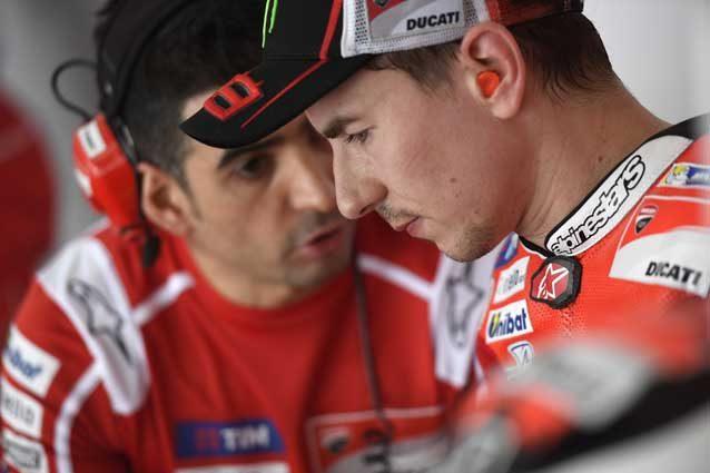 """MotoGp, Lorenzo in difficoltà con la Ducati: """"Devo adattarmi più di quanto pensassi"""""""