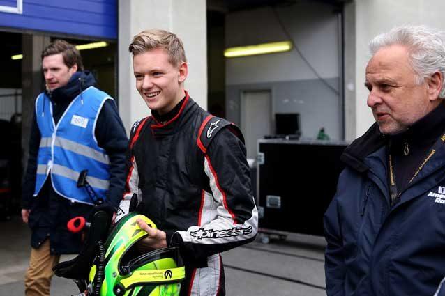Mick Schumacher, doppietta nell'MRF Challenge