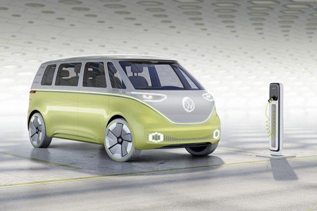 Torna il Volkswagen Bulli, il pulmino preferito dagli hippie