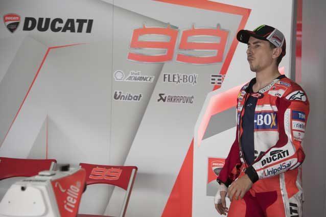 "MotoGp, Vermeulen: ""Conosciamo Lorenzo, il denaro lo ha spinto in Ducati"""
