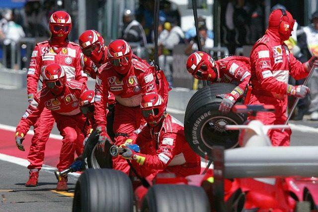 Box Ferrari GP Francia 2004