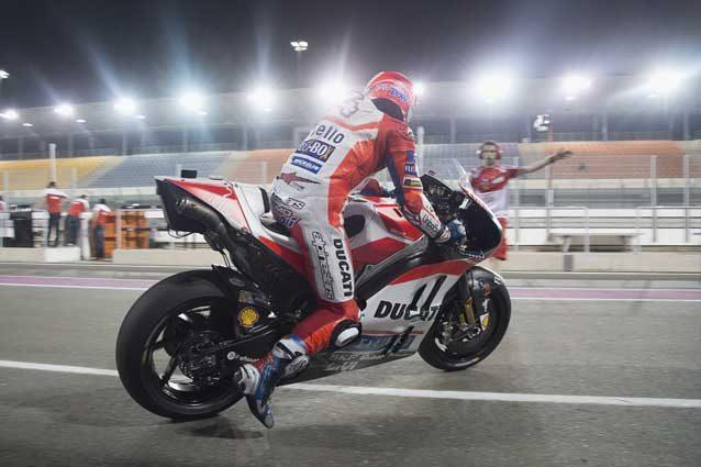 MotoGP, Marquez vs Vinales, Lorenzo in Ducati e Rossi ci spera: in Qatar la prima sfida del mondiale