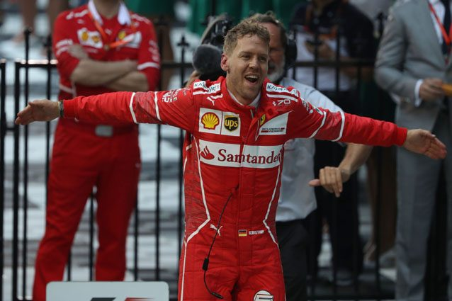 Sebastian Vettel esulta dopo la vittoria in Australia – Getty Images