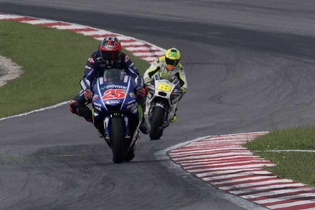 MotoGp, ancora Vinales in Argentina, Marquez si avvicina. Dietro Rossi e le Ducati