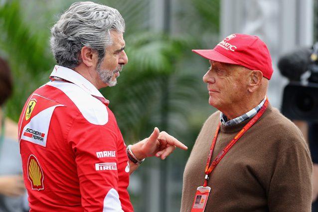 Niki Lauda a colloquio con il team principal della Ferrari, Maurizio Arrivabene – Getty Images