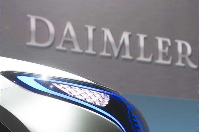 Daimler conferma perquisizioni e collaborazione