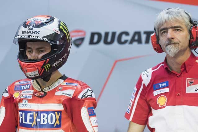 Jorge Lorenzo e il direttore generale di Ducati Corse Gigi Dall'igna / GettyImages