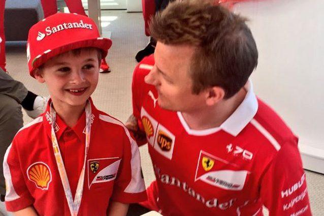 Kimi Raikkonen con il piccolo Tomàs – Foto Twitter