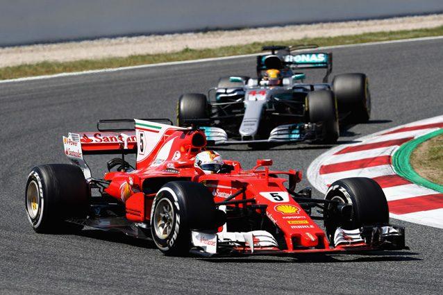 La Ferrari di Vettel e la Mercedes di Hamilton – Getty Images