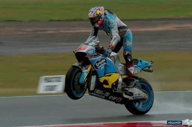 MotoGp, Assen: Warm Up a Miller, Rossi decimo sul bagnato