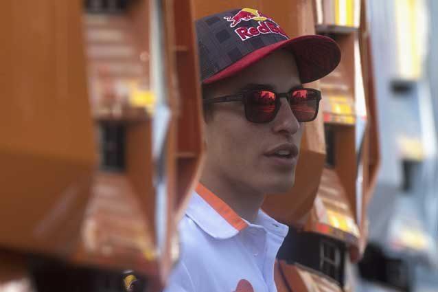 """MotoGp Marquez e quel 'dettaglio' sulla guida di Valentino Rossi """"L'ho subito detto al mio team"""""""