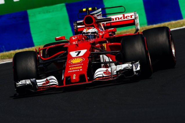 Ferrari e Mercedes vicinissime, che lotta all'Hungaroring