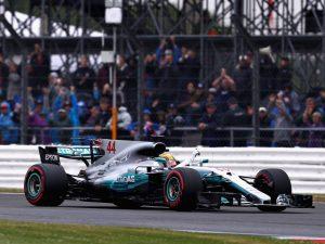 F1, GP Gran Bretagna: Hamilton da record, Ferrari troppo indietro