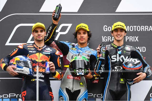 Franco Morbidelli (al centro) con Miguel Oliveira e Francesco Bagnaia sul podio / GettyImages