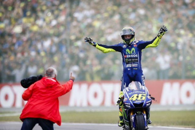La MotoGP al giro di boa: tra alti e bassi Rossi c'è e il decimo non è più solo un sogno