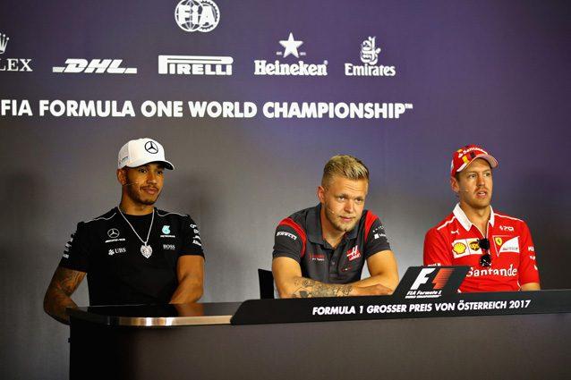 Sebastian Vettel e Lewis Hamilton in conferenza stampa – Getty Images