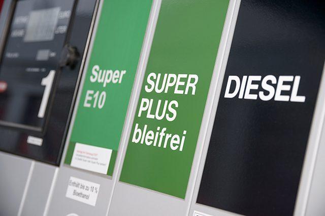 I carburanti sintetici salveranno il motore a combustione eliminando le emissioni di CO2