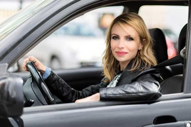 donne al volante causano meno incidenti ma solo il 46 proprietaria dell 39 auto. Black Bedroom Furniture Sets. Home Design Ideas