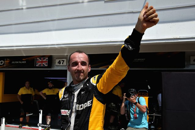 Robert Kubica ringrazia i tifosi dell'Hungaroring – Getty Images
