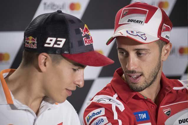 Andrea Dovizioso e Marc Marquez durante la conferenza stampa a Misano / GettyImages