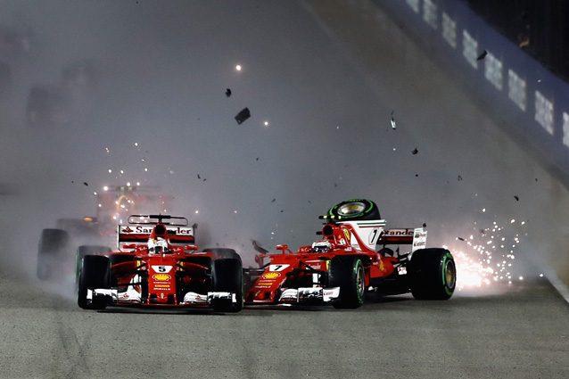 Il contatto tra Vettel e Raikkonen alla partenza del GP di Singapore – Getty Images
