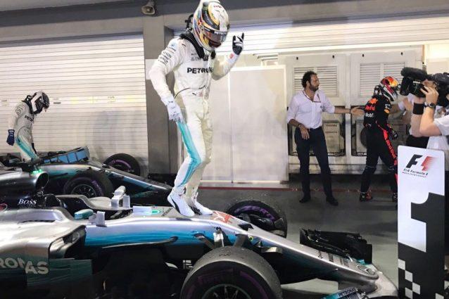 Lewis Hamilton vince a Singapore