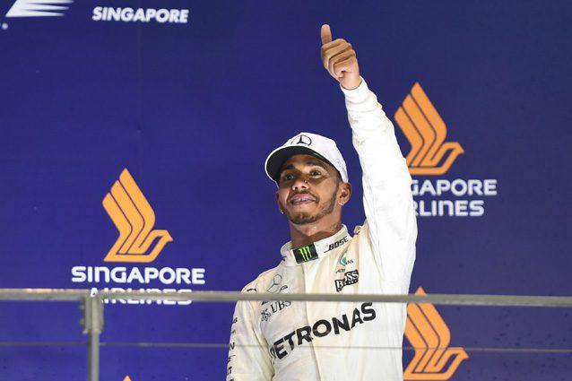 """Hamilton: """"L'incidente di Singapore non è colpa di Vettel, Verstappen era nel punto cieco"""""""