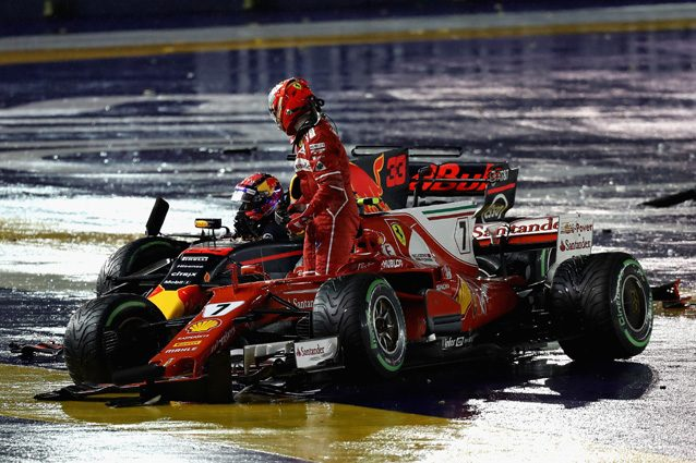 Max Verstappen e Kimi Raikkonen dopo l'incidente al via – Getty Images