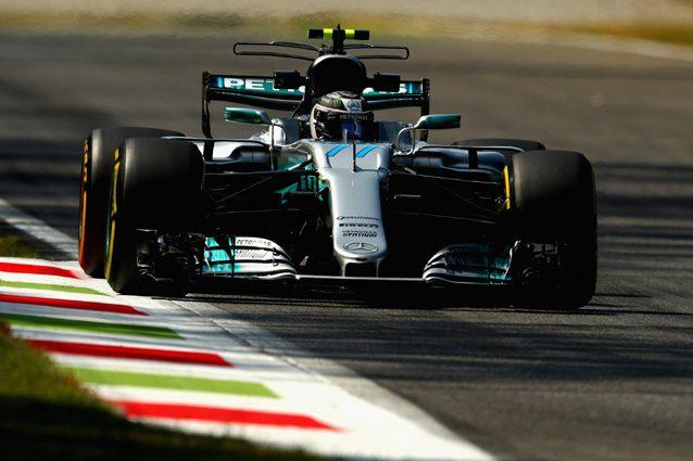 Valtteri Bottas in azione sulla pista di Monza – Getty Images