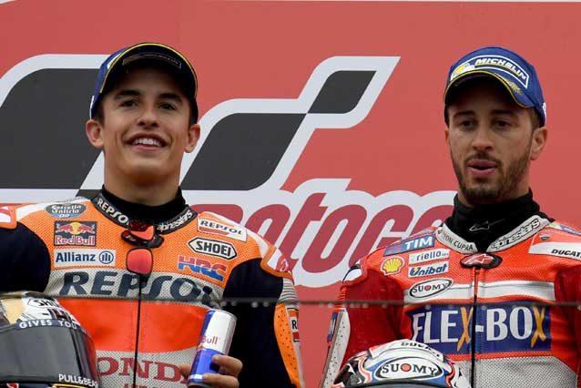 Marc Marquez e Andrea Dovizioso sul podio di Motegi / Getty Images