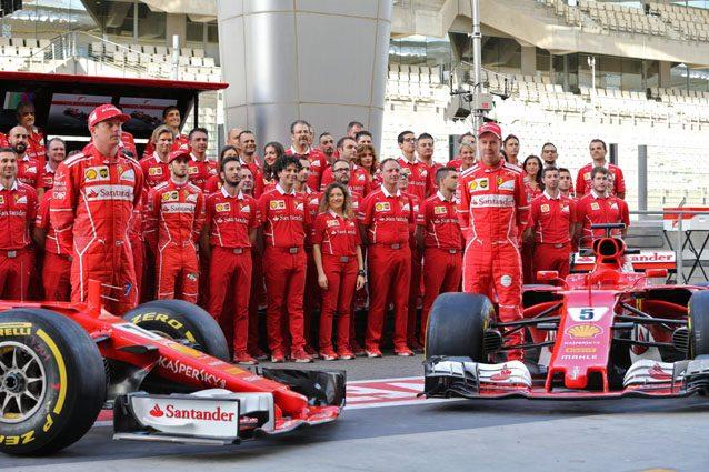 Il team Ferrari ad Abu Dhabi – Getty images