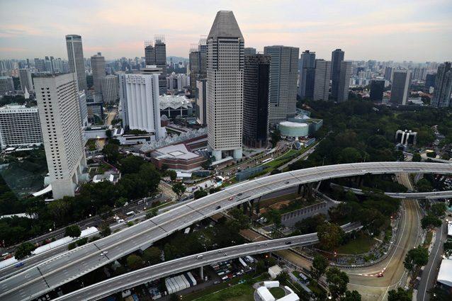 Una panoramica dall'alto di Singapore – Getty images