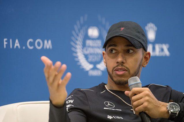 F1 hamilton ospite alla rai cachet da 150 mila euro per for Ospite inglese