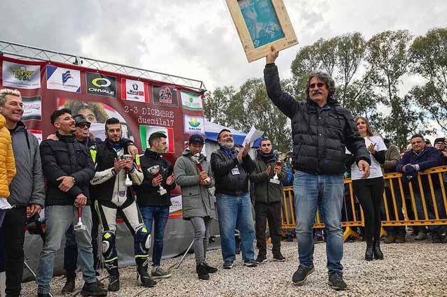 Paolo Simoncelli e i protagonisti del Sic Supermoto Day 2017 / Sic58 Squadra Corse