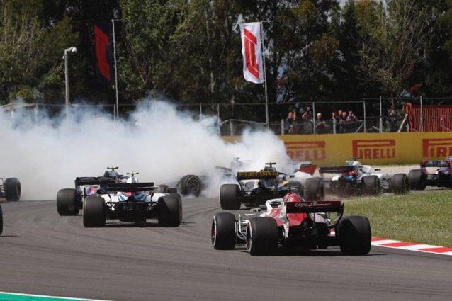 L'incidente di Grosjean in Spagna – Foto Twitter