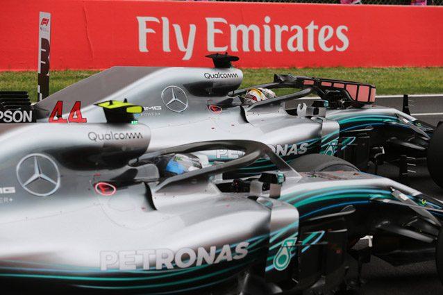 Le due Mercedes in Spagna – LaPresse