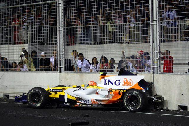 Nelson Piquet Jr a Singapore – LaPresse