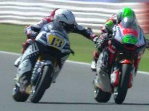 Quando i piloti perdono la testa: da Biaggi e Rossi al gesto di Fenati in Moto 2