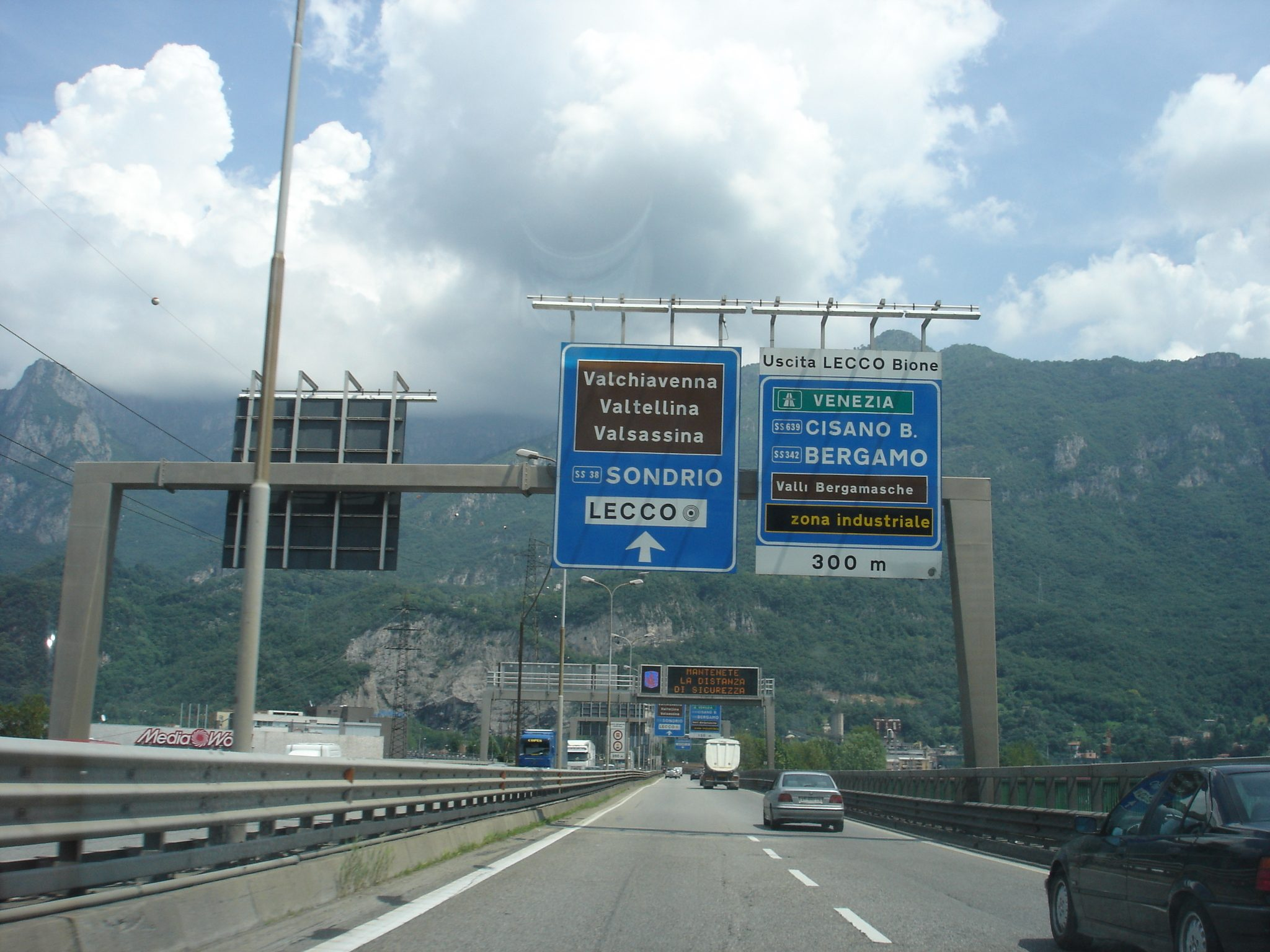 La Statale 36 è la strada extraurbana più pericolosa d'Italia