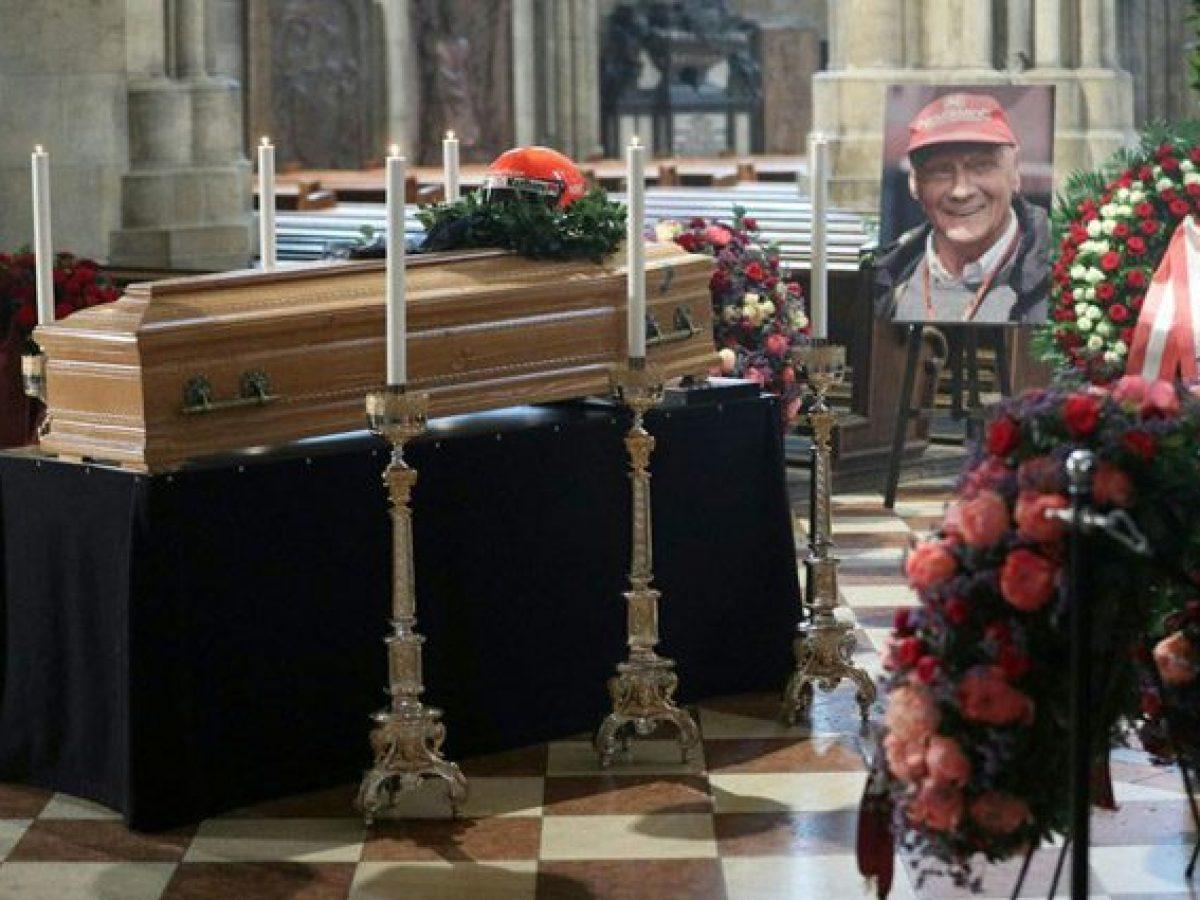 Addio Niki Lauda A Vienna I Funerali Del Campione Austriaco